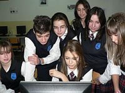 Новини - Частно  професионално бизнес училище  ''Евростандарт'' започва приема на ученици в 8.   клас за учебната 2012/2013 годи